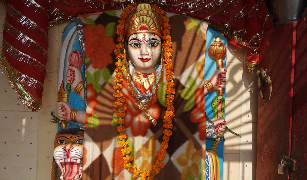Богиня власти и защиты Дурга в Варанаси