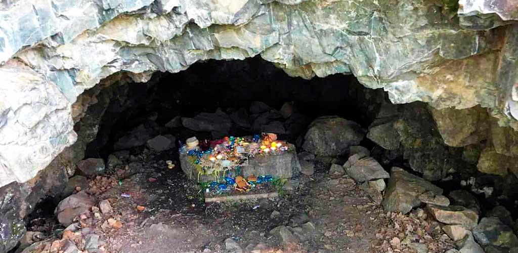 Пещера Эхын Умай в Алханае, Забайкалье